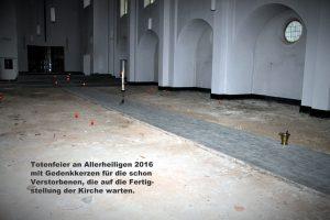 2016-totengedenken-in-der-leeren-kirche